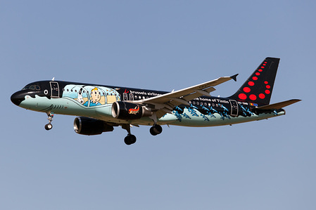 A Brussels Airlines Airbus 320 in Tintin comics Livery approaching Rome Fiumicino airport.