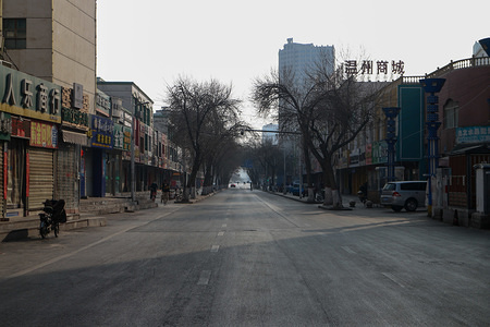 An empty street in Yinchuan downtown after the first cases of corona virus have been confirmed in Ningxia Hui autonomous region. Death toll rise to 170 as Corona Virus spreads to every Chinese region.