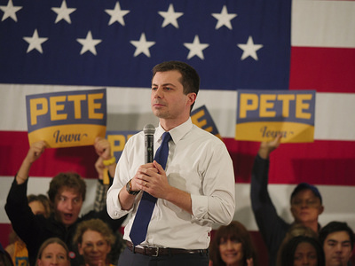 DES MOINES, UNITED STATES, FEBRUARY 3, 2020: Democratic Presidential Candidate Pete Buttigieg campaigns before the Iowa Caucuses.