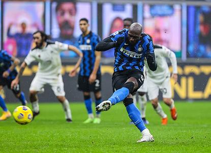 Romelu Lukaku of FC Internazionale, scores a penalty during the Serie A 2020/21 match between FC Internazionale vs Spezia Calcio at San Siro Stadium. (Final score; FC Internazionale 2: 1 Spezia Calcio)