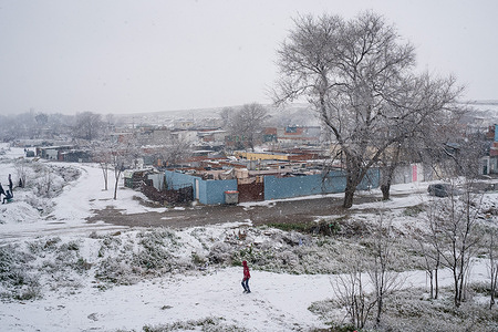 Heavy snowfall seen over the marginal neighbourhood of La Cañada Real. Spain registers historical low temperatures and snowfalls putting the community of Madrid on alert. In the south of Madrid, La Cañada Real, the community has been deprived of electricity for 3 months.
