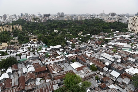 A top view part of Mohakhali Sat Tala slum in Dhaka. According to World Bank, each year up to half million rural migrants stream into capital city Dhaka for work, swelling the rank of the urban poor.