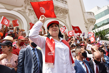 """President of the Free Destourian Party (PDL), Abir Moussi makes a victory sign during the demonstration. The Free Constitutional Party protested on Habib Bourguiba Street against """"violations and attacks on party leaders by constitutional institutions, the government and the presidency."""""""